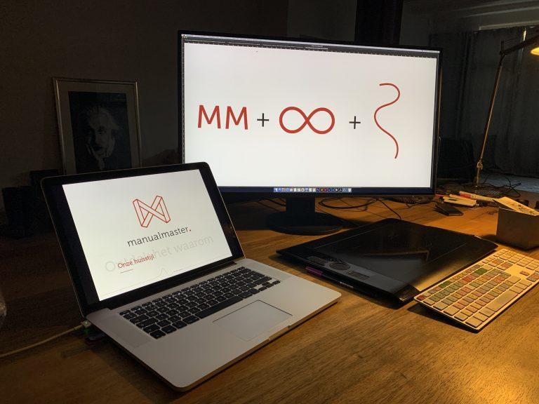 Het ManualMaster concept uitgewerkt tot logo.