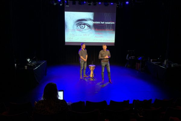 Gijs Anders van Straalen met Fred Vahlkamp op het ManualMaster Congres Kwaliteitsmanagement 2020.